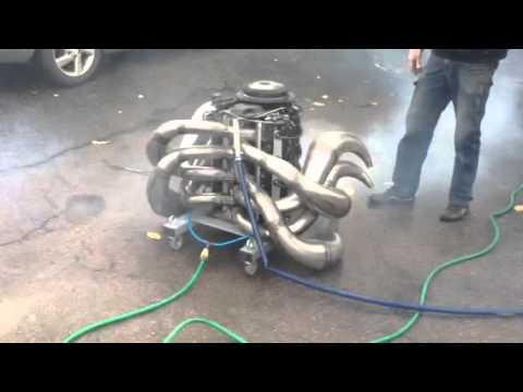 Motor V8 2 tempos