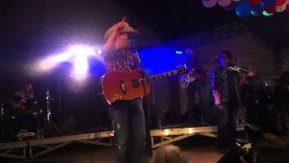 """Aaron Watson """"I Don't Want You To Go"""" """"Songs About Saturday Night"""" & """"Hey Y'All"""" live in France"""
