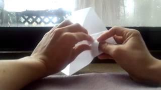 ツバメの紙飛行機の作り方です。わかりにくかったら他のサイトで確認し...