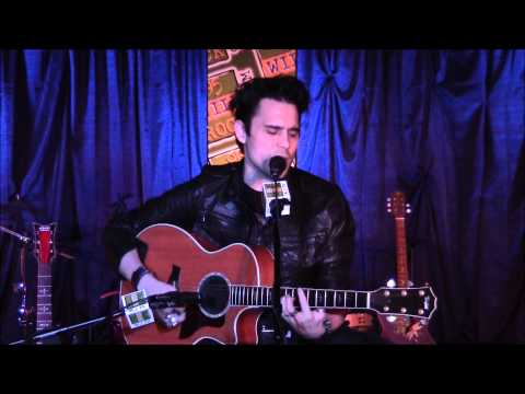 Chris Taylor Brown from Trapt - Headstrong (acoustic)