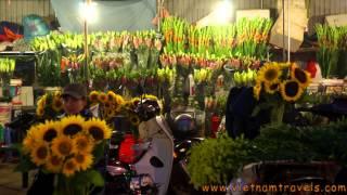 Hanoi Flower Market - authentic Vietnam Daily Life.