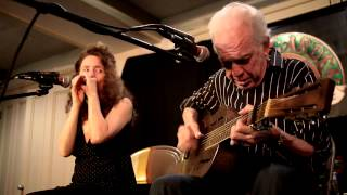 Paul Rishell & Annie Raines - Trouble Blues