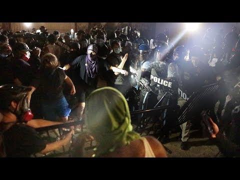 В силу полицейских уже никто не верит. 350 городов США в огне. Америка и ночь мародерства