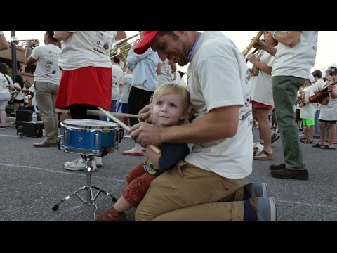 Community Comes Together for World Record Rock Band