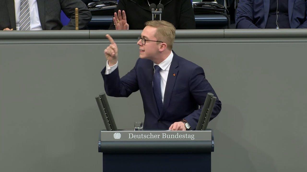 """Download """"Das ist grober Unfug"""": Der jüngste CDU-Abgeordnete nimmt den AfD-Burka-Antrag auseinander"""