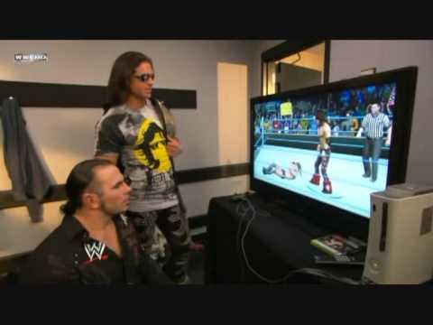 Matt Hardy playing SD vs Raw