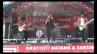 Likes Band ft nanda - Lagi Lagi Janji ( Omelette ) Live @ Ramayana Bekasi
