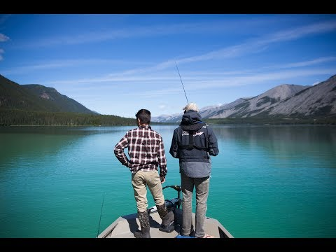 Crystal CLEAR Lake Trout Fishing