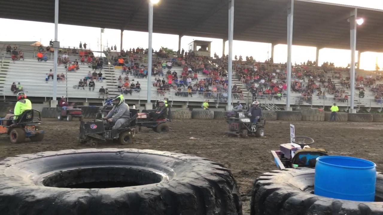 Demolition Derby - Fayette County Fairgrounds PA - 2012 ... |Demolition Derby Fair Grounds