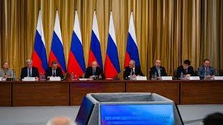 Владимир Путин открыл в Югре заседание Совета по межнациональным отношениям