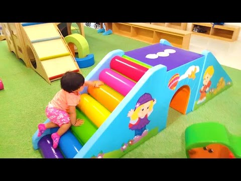 Indoor Playground Fun For Kids Jumping Sliding Games Giggles and Fun Houston Texas - ZMTW