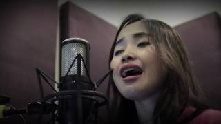 Video Cover Lagu - Rapuh Agnes Monica - Cover By Ermin Feat Hesty
