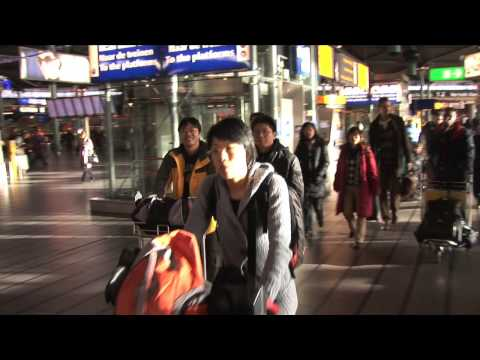 Hotspots Video, Your guide to Amsterdam! part 1 - from schiphol airport to schiphol train station