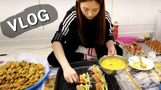 Real Mukbang:) HAMZY's New Years Day ★ FIRST VLOGGING EVER!!