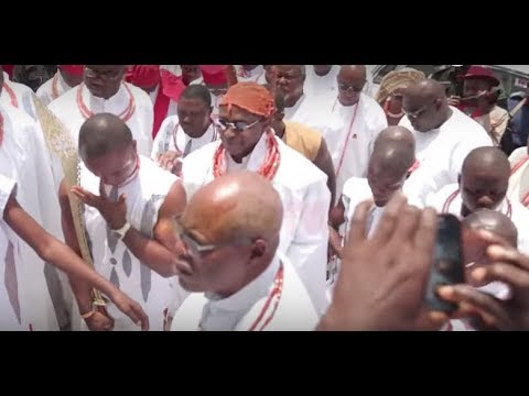 GLITZ AND GLAMOUR AS OBA OF BENIN VISITS OONI OF IFE