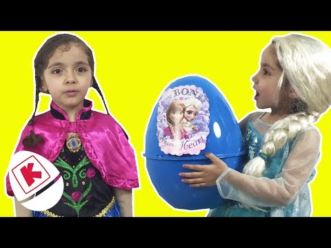 Frozen Elsa And Anna GIANT Surprise Egg  - Princesses In Real Life | WildBrain Kiddyzuzaa