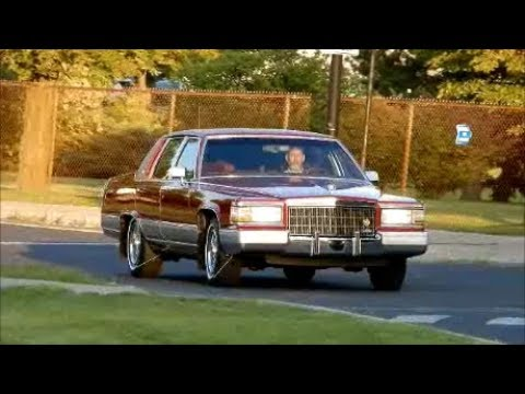 STUNNING '92 CADILLAC FLEETWOOD BROUGHAM IN ACTION - YouTube