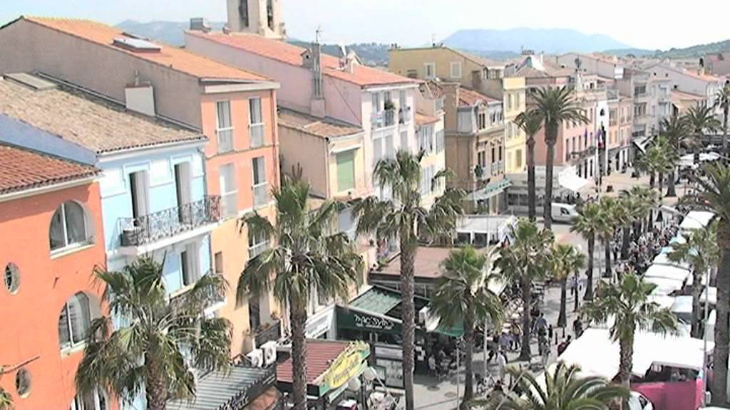 pr sentation de la ville de sanary sur mer youtube. Black Bedroom Furniture Sets. Home Design Ideas