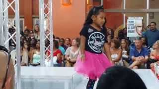 Lianna Stage Intro And Modeling, End Of Summer Fashion Show