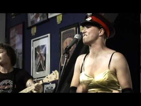 Amanda Palmer - Want It Back (Live at Amoeba)