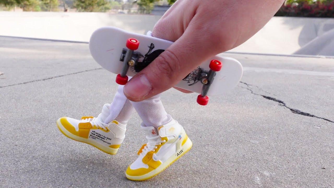 Finger Skateboard | Skatepark Flick Tricks |Tech Deck Finger shoes Finger dancing | Finger Boarding