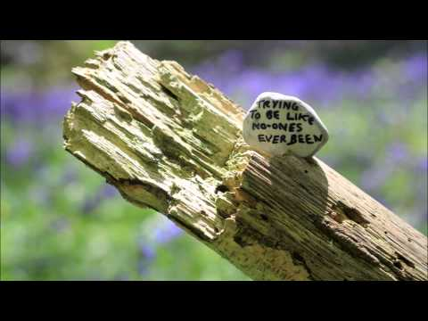 Embrace - You're not alone with lyrics Mp3