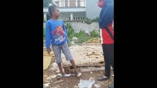 Pertarungan Bocil bar bar vs tante bohai (version original)