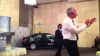 Смотреть видео Томас Хёрсен. 3-й бизнес-день LR. Москва. Часть 4 онлайн