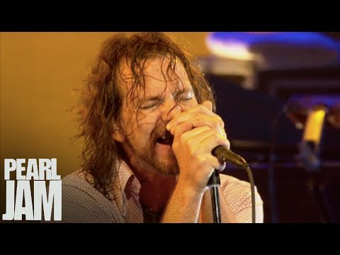 """State of Love and Trust"" - Immagine in Cornice - Live In Milan, Italy - Pearl Jam"