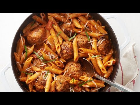 One-Pot Sausage Meatballs With Creamy Tomato Penne | Betty Crocker Recipe