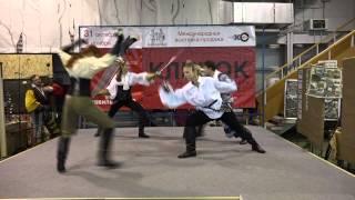 Выступление студии арт-фехтования «Эспада» на выставке Клинок