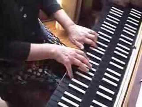 Bach B flat minor Prelude on harpsichord