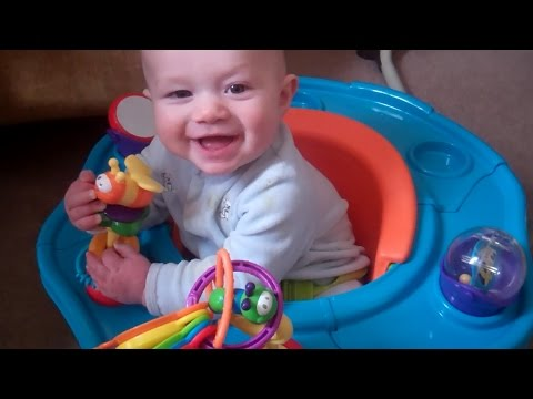 Baby exploring his activity seat (5 MONTHS OLD)