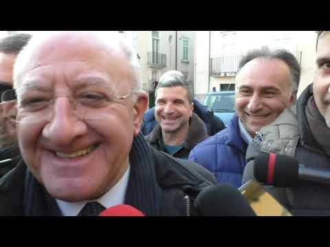 Battute, provocazioni, invettive: De Luca show, best of