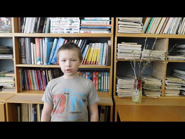 Изображение предпросмотра прочтения – МихаилСоболев читает произведение «Последний снег» С.Н.Дурылина