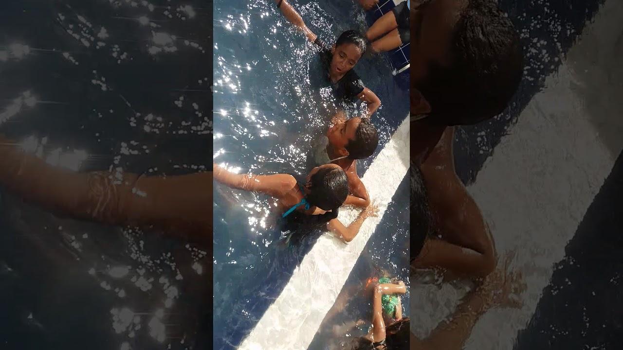 Rico %pobre na piscina - YouTube