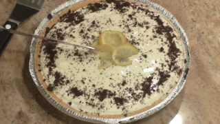 Lemonade Cream Cheese Pie