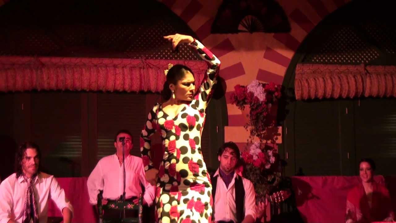 Flamenco dance seville spain youtube for Espectaculo flamenco seville sevilla