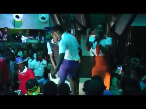 UGANDAN STUDENTS GET CRAZY IN CLUB AMBIANCE