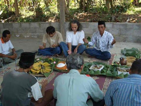 Ungaran Java Indonesia 2004 Al...