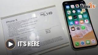 Gambar cover iPhone X launches in Malaysia