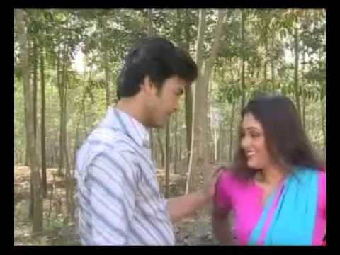 Mallu Bangldesi aunty  men  bed scene thumbnail