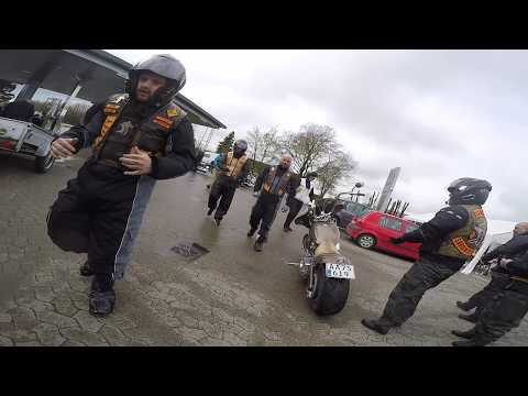 Hells Angels meet bandidos Car Parking