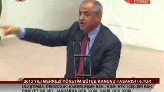 CHP İzmir Milletvekili Musa Çam meclis kürsüsünde marş okudu!