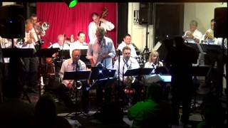 Struttin With Some Barbecue - Garden Swing Big Band