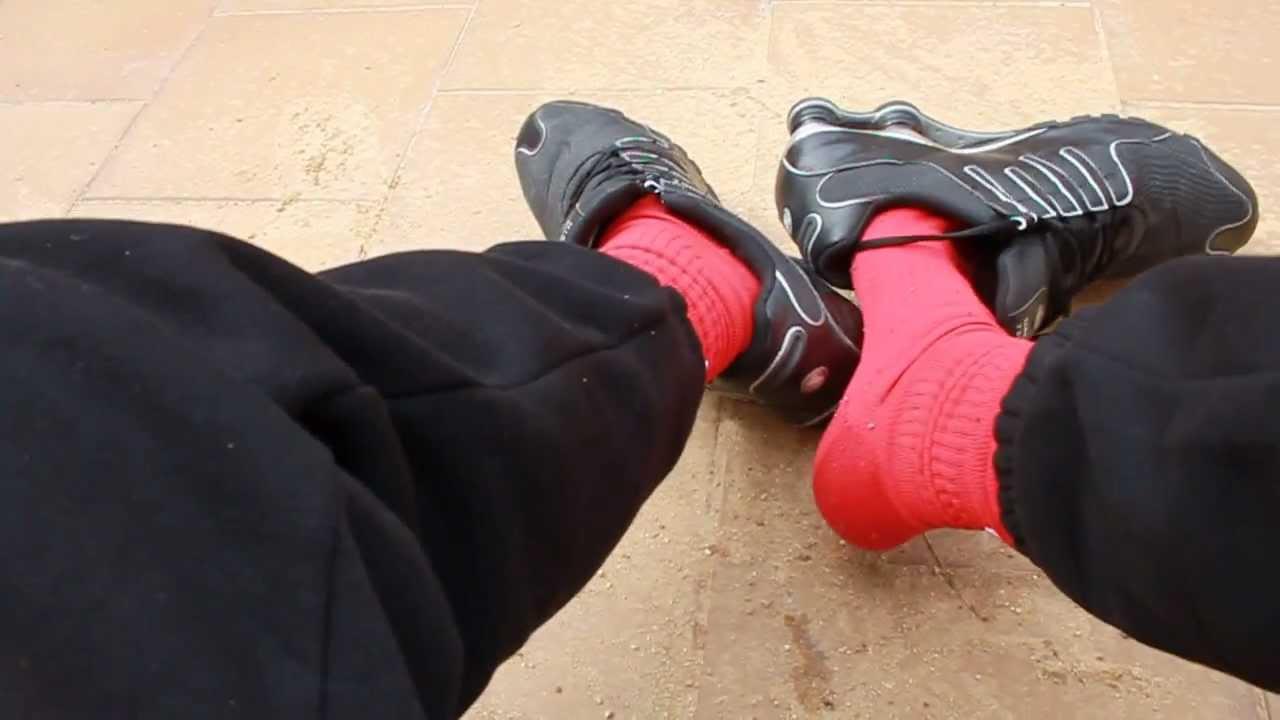 856a2df695d Black Nike Shox NZ and well worn nike airmax BW - YouTube