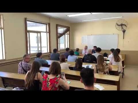 alberto-fernández-le-tomó-exámenes-a-sus-alumnos-de-derecho
