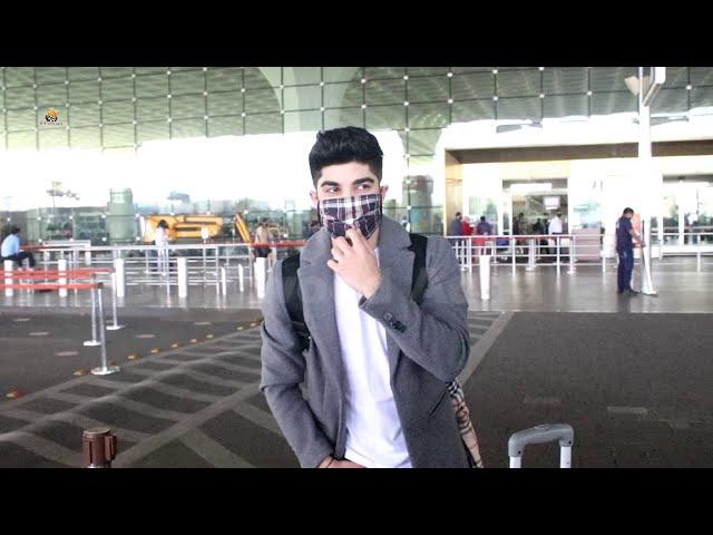 Nikhil Bhambri Spotted At Airport