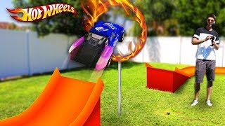 HOT WHEELS RING OF FIRE *RC CAR JUMP* (GIANT Backyard Hot Wheels Track)