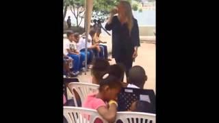 AYELEN SAAVEDRA en la ISLA TRINITARIA ECUADOR